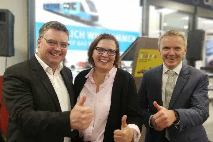 links Thomas Berling Bürgemeisterkandidat für Nordhorn, in der Mitte Andrea Klokkers Bürgermeisterinnenkandidatin für Uelsen und rechts Volker Pannen Landratskandidat für die Grafschaft Bentheim
